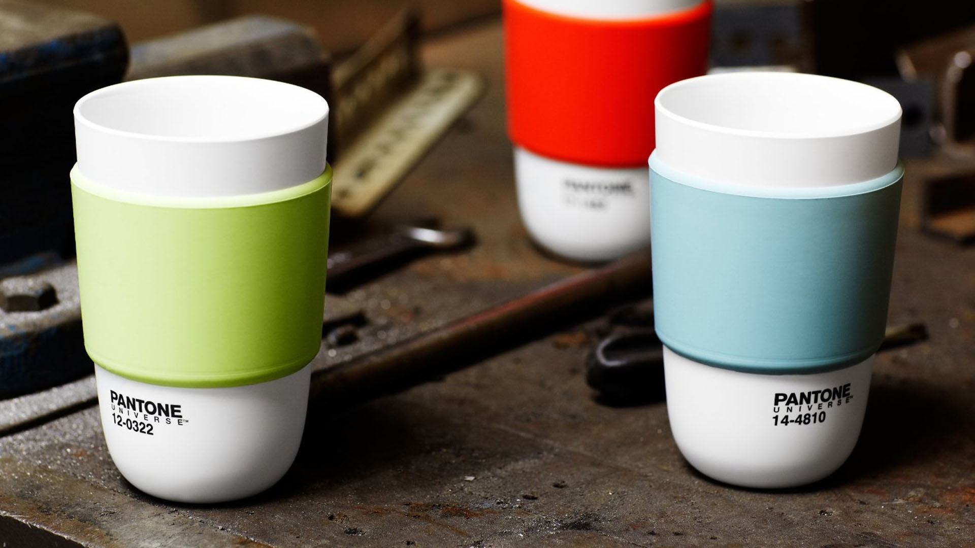 Pantone Universe Cup With Silicone Band
